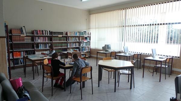 Biblioteca3 600